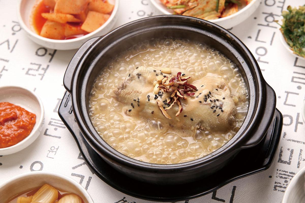 Seoul__Korean-samyetang-chicken-soup