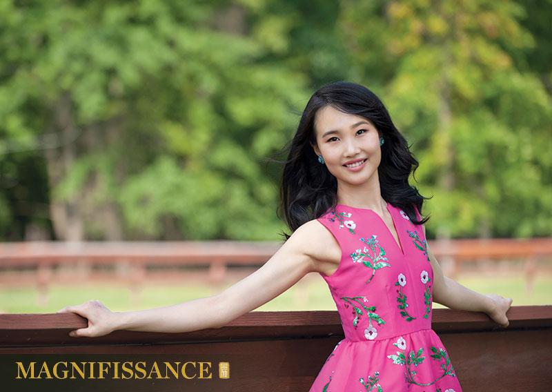 Shenyun Dancer Susan Zhou 周書汀 神韻