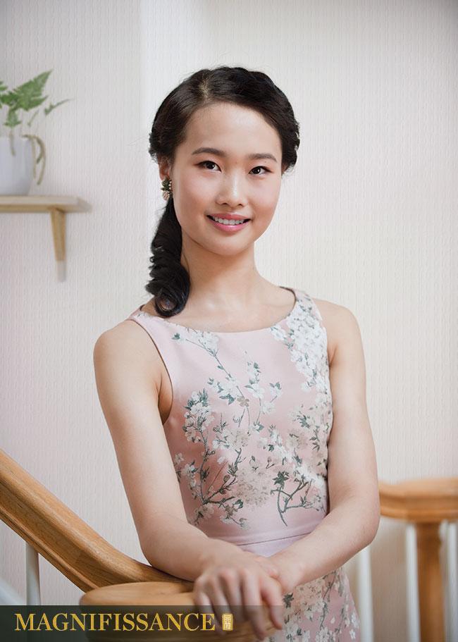 Shenyun Dancer Susan Zhou 神韻 周書汀