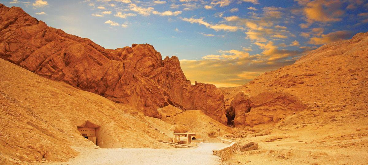 帝王谷看上去低調如一座廢棄的採石場 金字塔 埃及