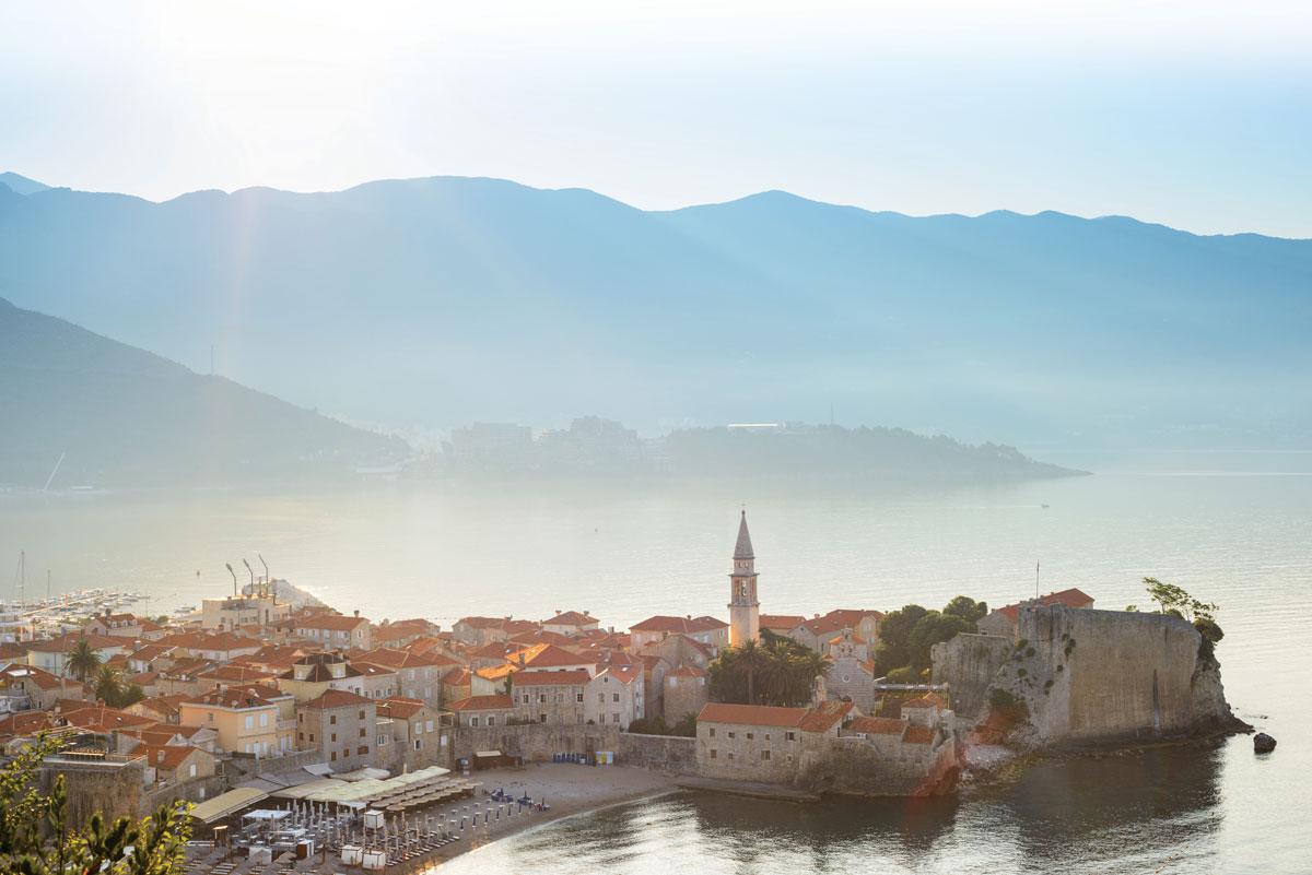 Montenegro_Bond-movie_CetinjeBudva