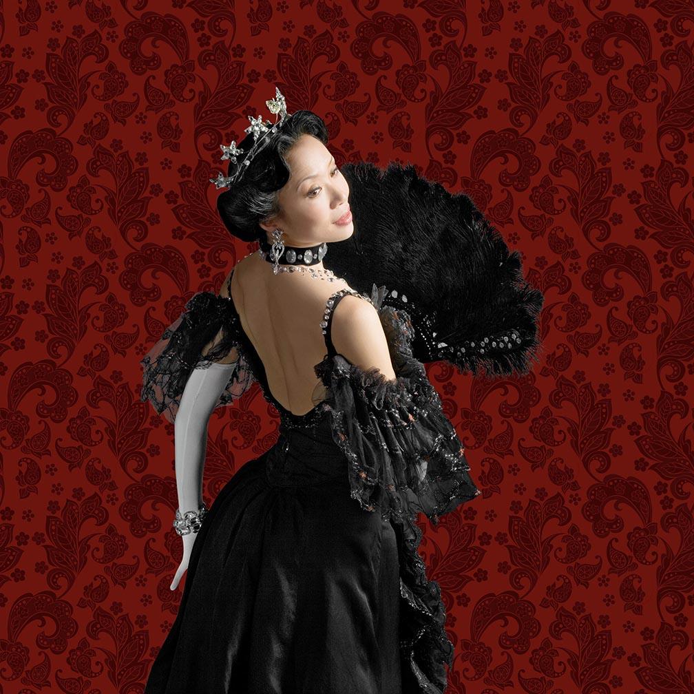 Xiao Nan Yu in The Merry Widow. Photo by Cylla von Tiedemann