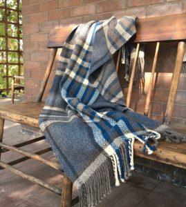 scarve hand weaving Deborah Livingston-Lowe